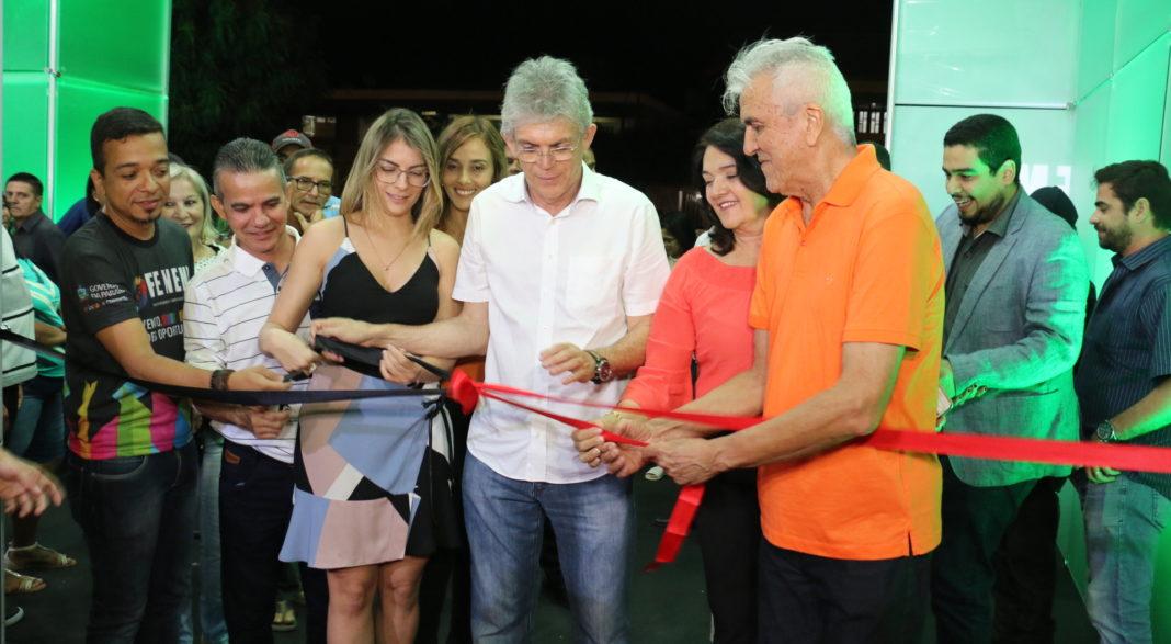 RC abre Feira de Negócios e Empreendedorismo e assina mais de R$ 600 mil em contratos em Picuí