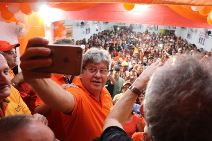 Datavox: espontânea mostra João em 1º lugar na disputa ao Governo da PB; veja os números