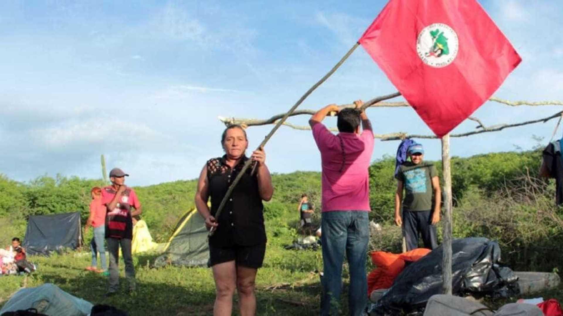 Movimentos do MST invadem a sede do Incra na Capital e a fazenda do senador José Maranhão