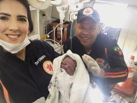 Equipe do Samu de CG realiza parto dentro de ambulância no Centro da cidade