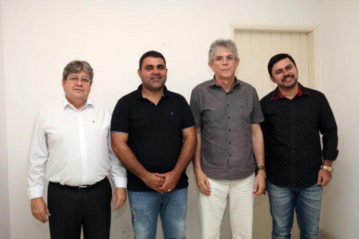 Nova adesão: prefeito de Cuité de Mamanguape, filiado ao PSC, anuncia apoio a João