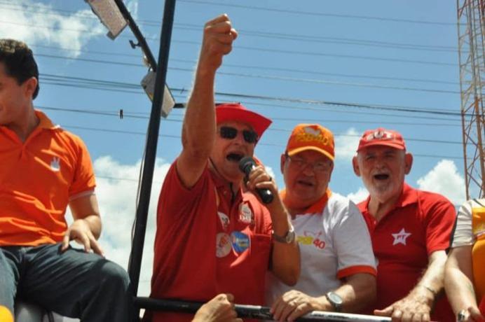 """Durante sessão na AL, Frei Anastácio comemora """"êxito"""" da Caravana do Trabalho no Litoral Sul"""