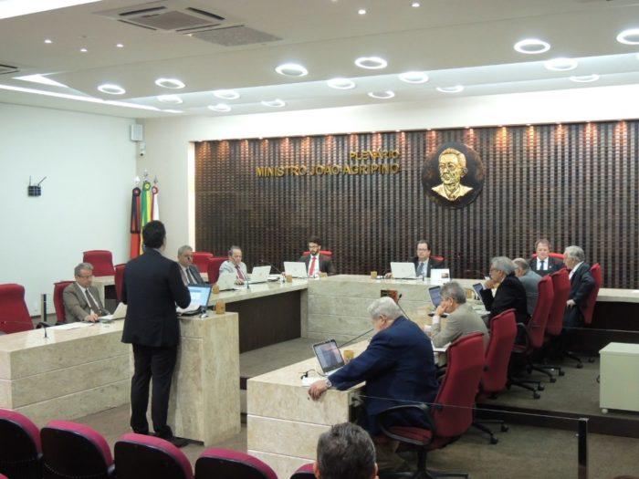 TCE-PB reprova contas de ex-prefeito de Arara por pagar horas extras em excesso