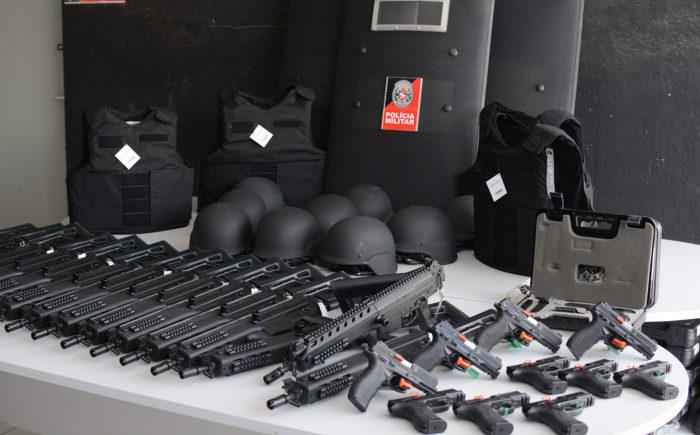 Polícia distribui armamento e equipamentos de proteção na Paraíba
