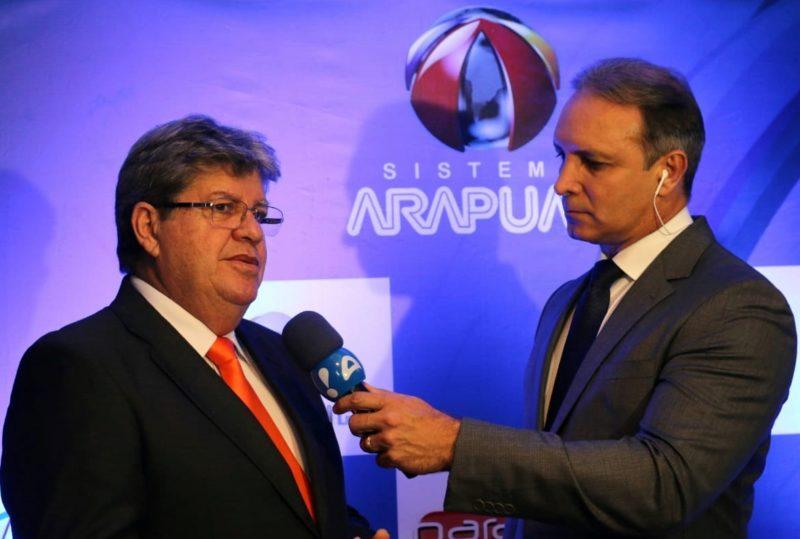 Debate Arapuan: João garante 3º eixo da transposição no Vale do Piancó