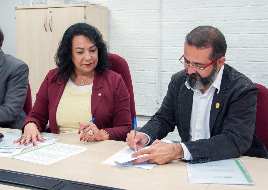 Tárcio Teixeira se compromete com estruturação da Defensoria Pública da Paraíba