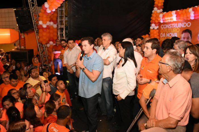 Veneziano participa de inauguração de comitê em JP e é recepcionado em feira de Picuí
