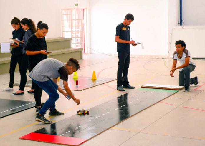 Estudantes da rede estadual de ensino participam da 3ª Robotec Paraíba