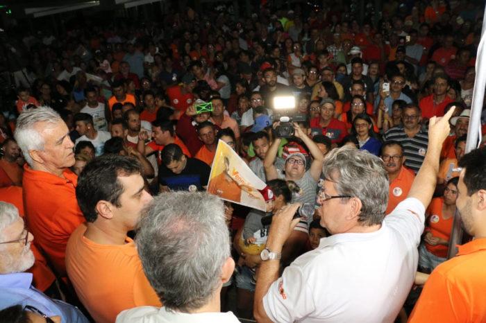 Durante 'Caravana do Trabalho' no Curimataú, João garante construção de novas estradas