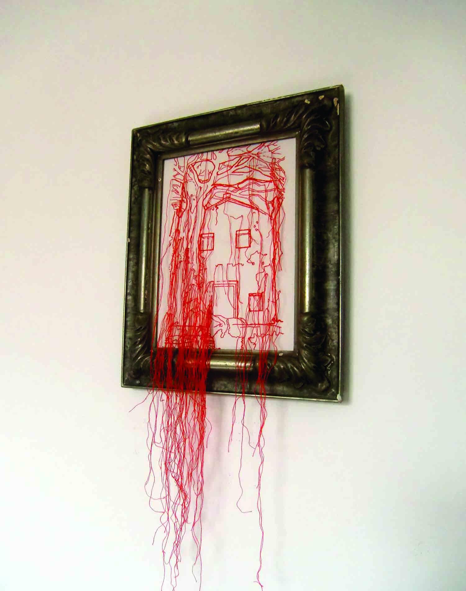 Artista visual, Cristina Carvalho expõe 'Escombros existenciais' em Galeria do Espaço Cultural