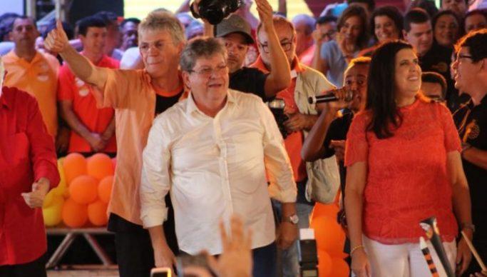 TRE-PB aprova registros de candidaturas de João Azevêdo e Lígia Feliciano