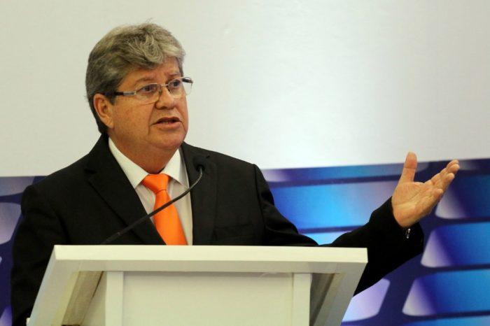 Em razão de debate em Sousa, coligação de João adia coletiva de imprensa para quinta-feira, na API