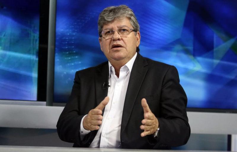 João anuncia criação de programa para ampliar atendimento nos hospitais da PB