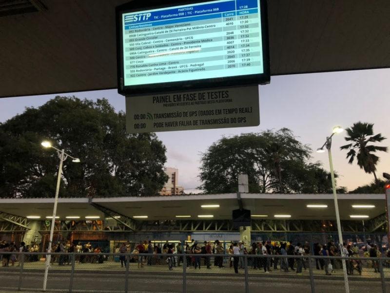 Prefeitura de CG disponibiliza horários de ônibus em tempo real no Terminal de Integração