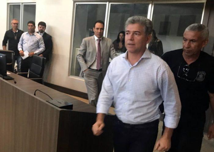 Xeque-mate: Leto renuncia ao mandato de prefeito e Cabedelo passará por nova eleição