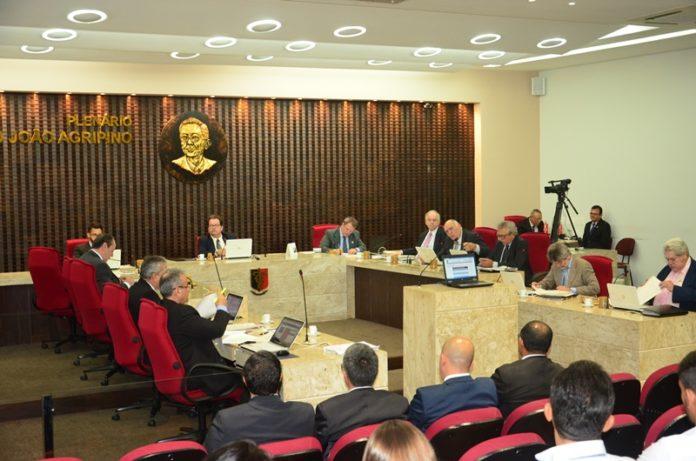 TCE-PB reprova contas de ex-prefeito paraibano por gasto excessivo com folha de pessoal