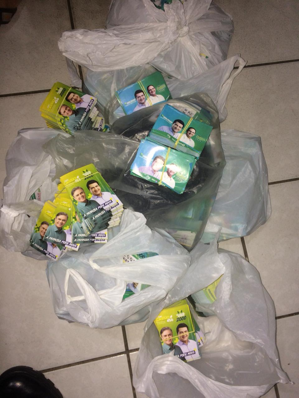 Operação Voto Seguro: em Patos, polícia apreende dinheiro, lista de eleitores e 'santinhos' de candidatos