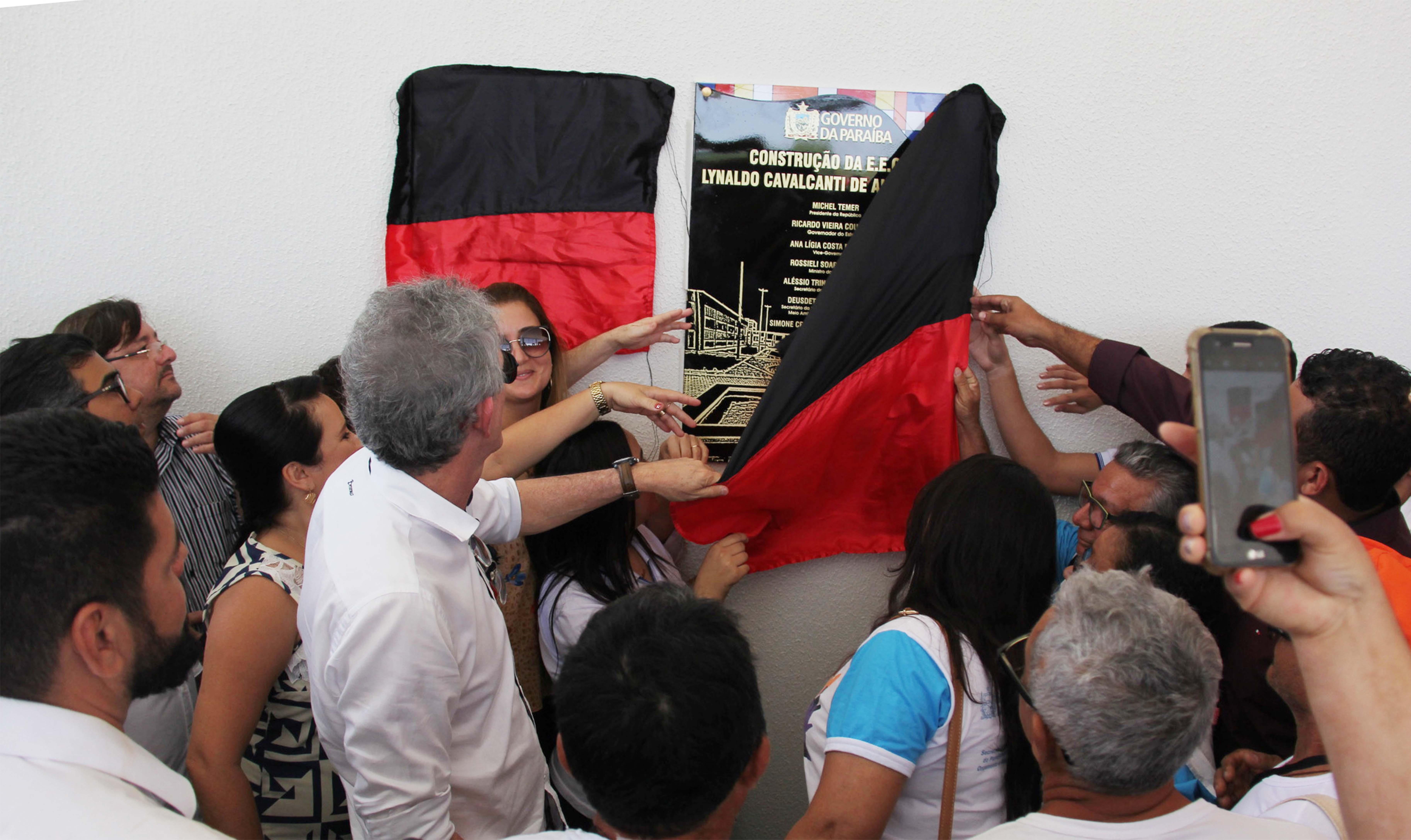 Governo da PB entrega Escola Técnica de Patos com cursos para o setor calçadista