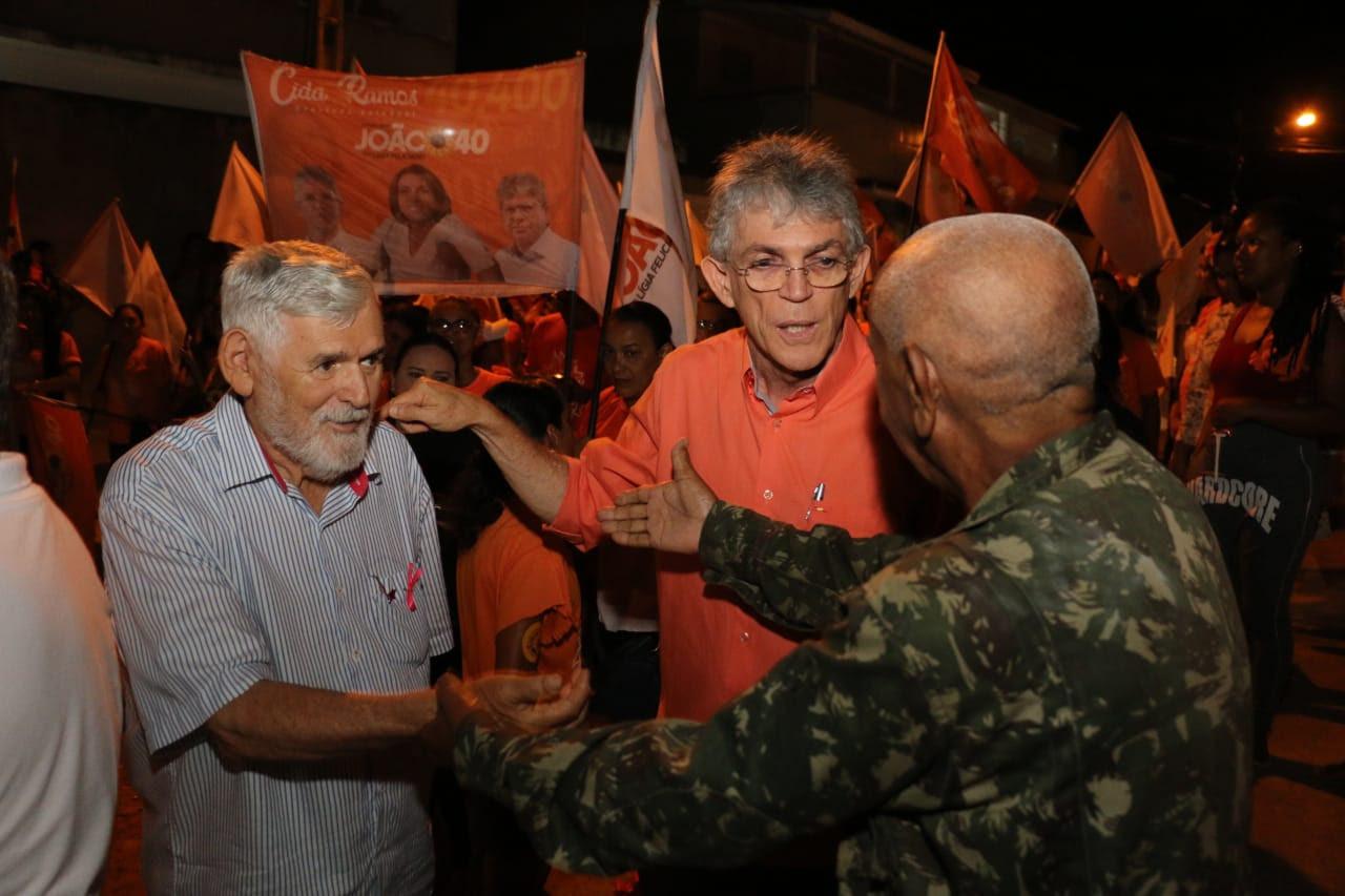 RC comanda caminhada na Zona Sul de JP e recebe apoio à vitória de João, Veneziano e Couto