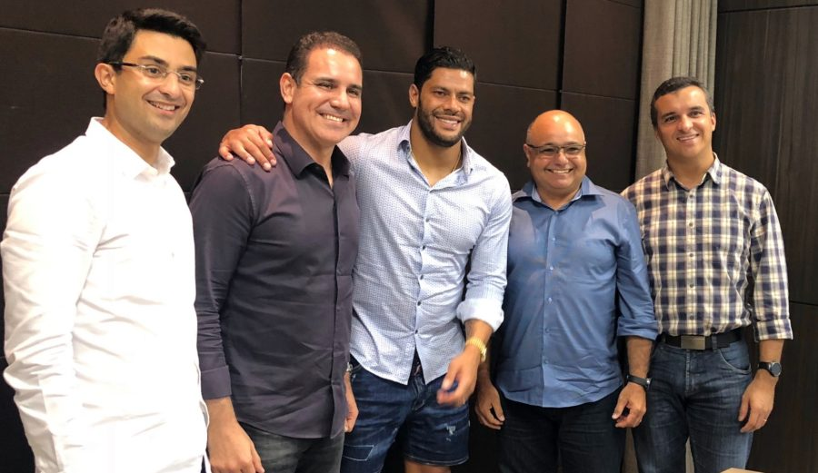 Jogador Hulk firma parceria com construtora paraibana para construir novo hotel em João Pessoa