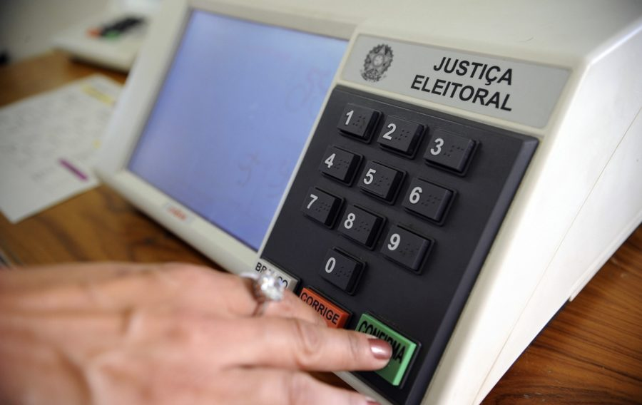 Enquete: se as eleições para prefeito de Cabedelo fossem hoje, em quem você votaria?