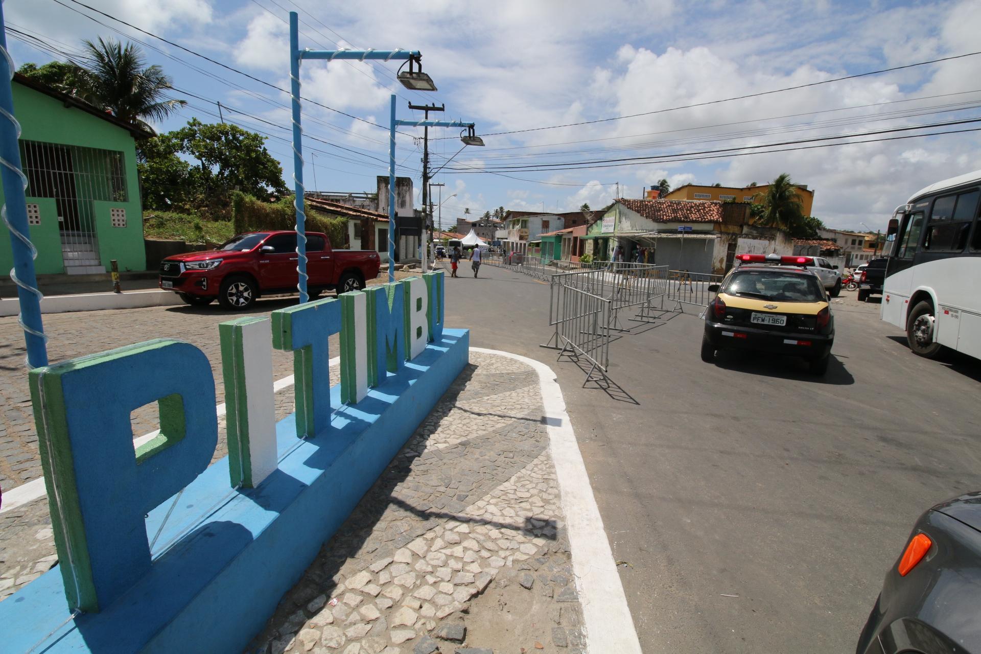 Em Pitimbu, Ricardo entrega travessia urbana e sistema de abastecimento d'água