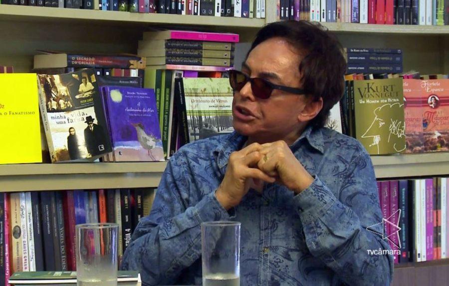 Paraibano Políbio Alves retoma poesia épica e lança novo livro em fevereiro