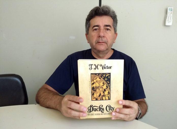 Escritor José Mota Victor lança livro na Fundação Casa de José Américo