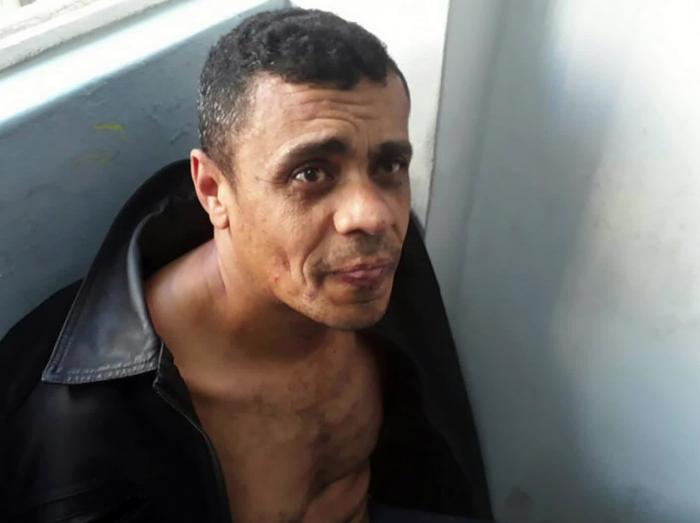 Homem que tentou matar Bolsonaro sofre de doença mental, revela laudo
