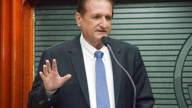 Hervázio critica fake news trazidas por deputados à ALPB e pede cautela