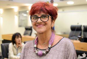 Por maioria de votos, Liliane Targino é reeleita ouvidora-geral da ALPB