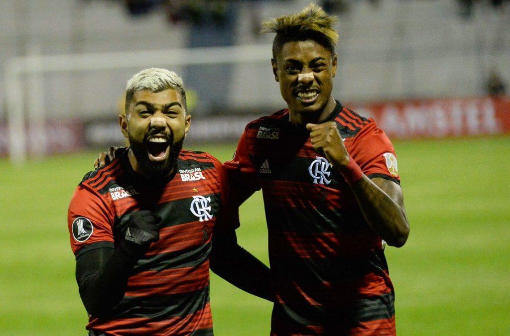 Gabigol marca, Fla arranca empate com o Flu e vai à final do Carioca