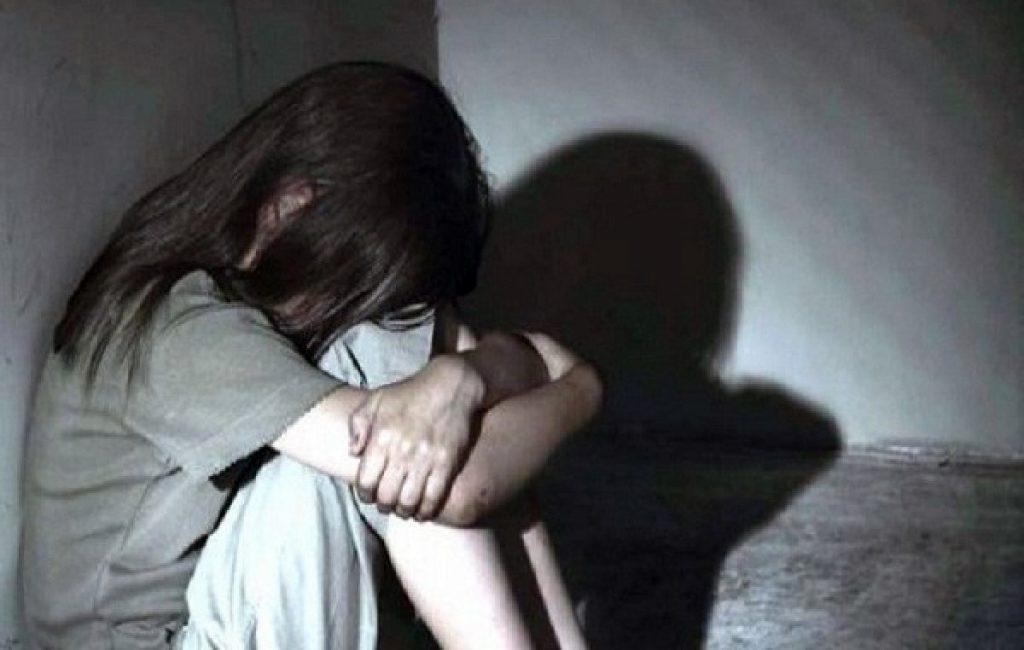 Mensagens de celular mostram desespero de menor após abusos de padrasto
