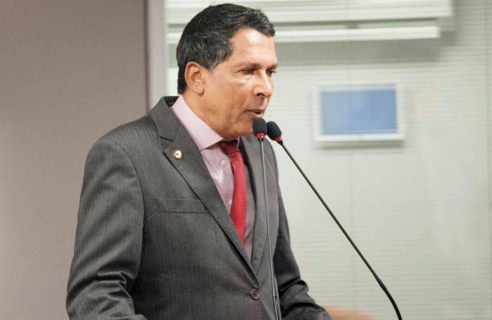 Mais dois suplentes podem ser convocados na ALPB, diz líder do Governo