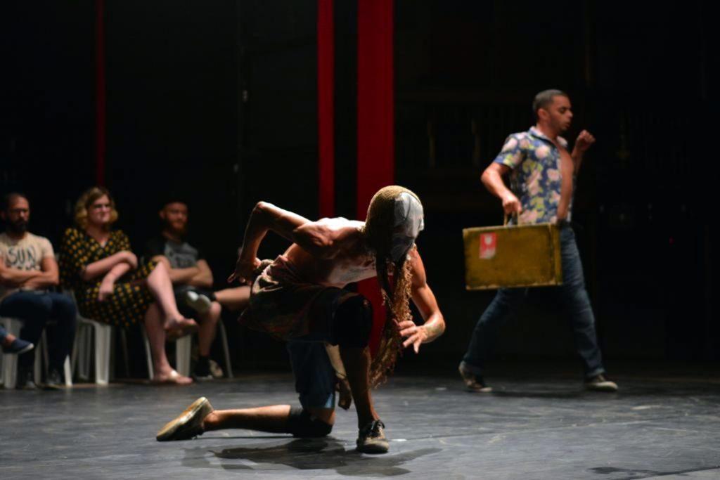 Exposição e espetáculos de teatro e dança movimentam a Casa da Pólvora