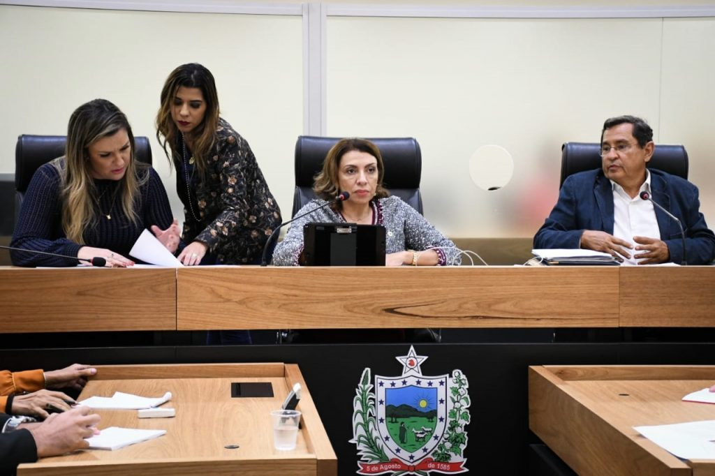 Assembleia instala CPI para enfrentamento do feminicídio na Paraíba