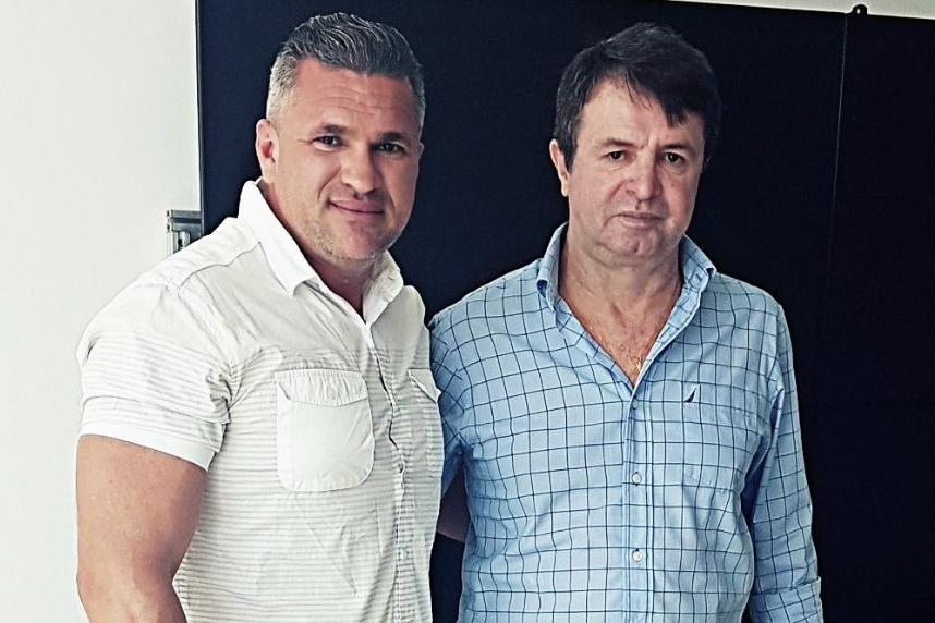Julian Lemos compara Maocir Rodrigues ao bêbado 'João Canabrava'; ouça