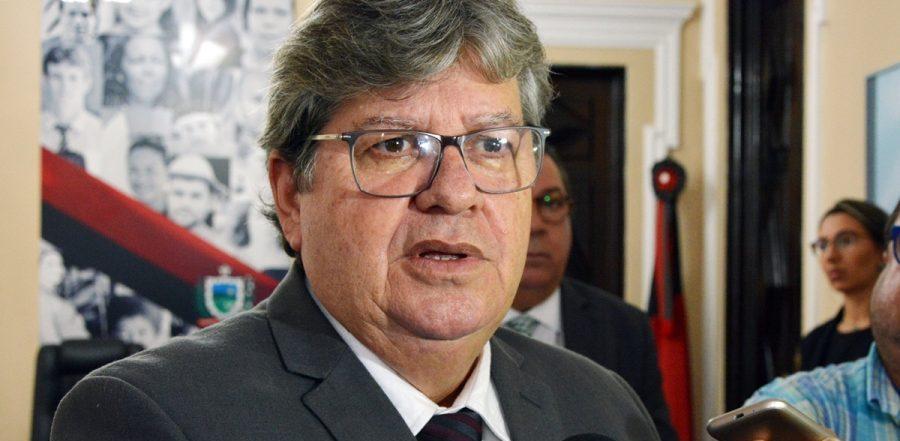 Governador anuncia chegada de novos voos da companhia Azul na Paraíba
