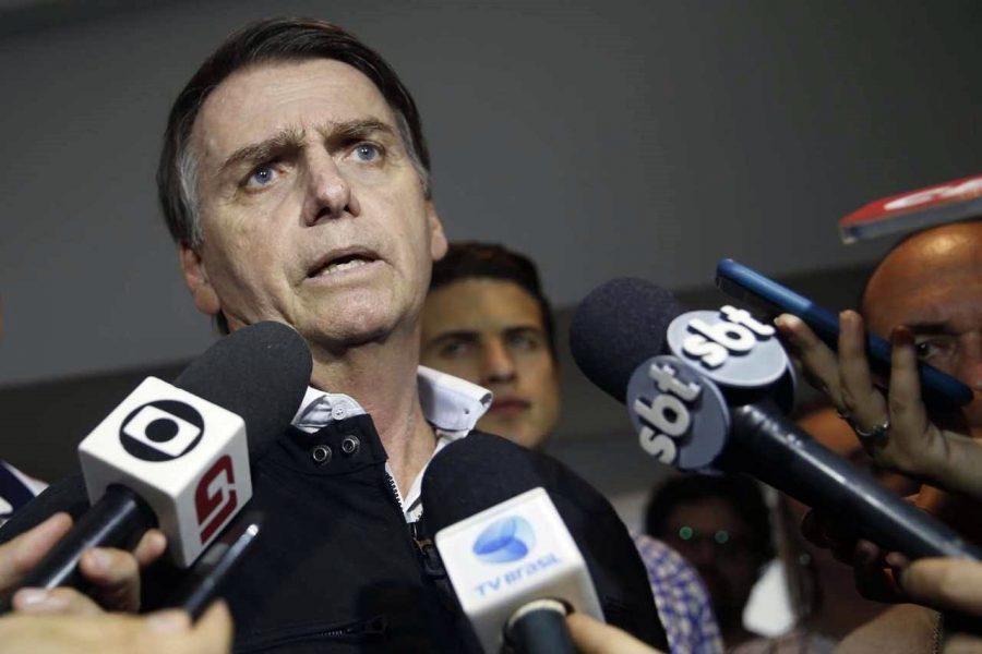 """Bolsonaro diz que economia está """"maravilhosa"""", mas dados não mostram isso"""