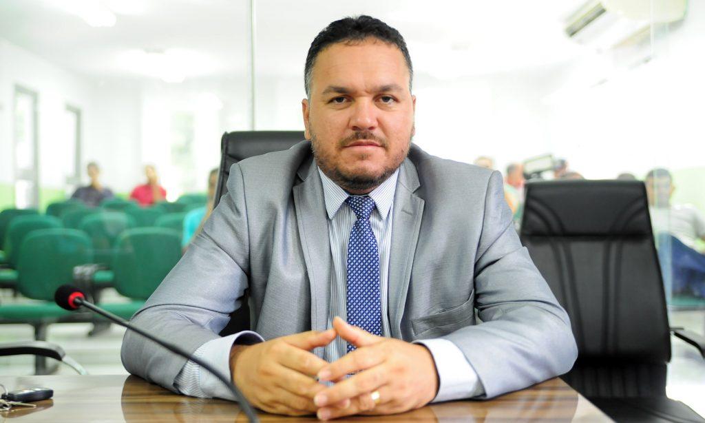 Vereador quer modernizar marcação de consultas na rede municipal de saúde
