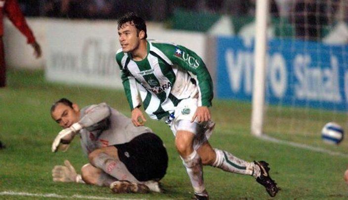 Jogador paraibano faz três gols, Juventude-RS goleia e volta à Série B