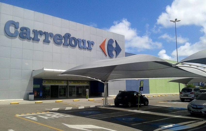 Carrefour e Pão de Açúcar vendem carne de marcas da 'lista suja' do trabalho escravo