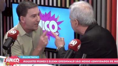 Jornalista dá tapa no rosto de dono de site durante programa ao vivo