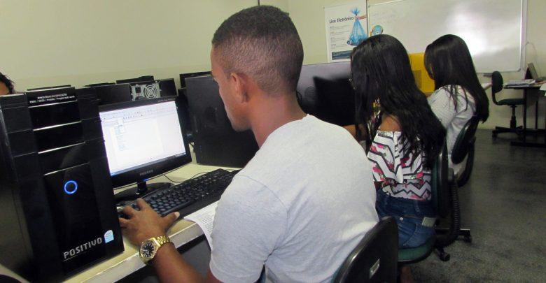 Colégio Lourdinas abre inscrições para curso técnico gratuito em informática