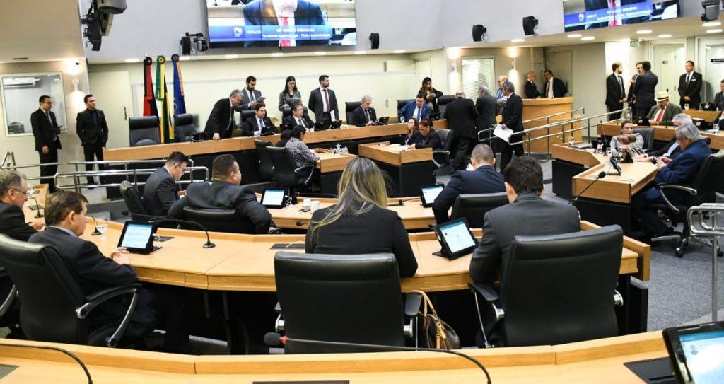 Deputados citados rechaçam conteúdo da delação e se dispõem a abrir sigilo bancário
