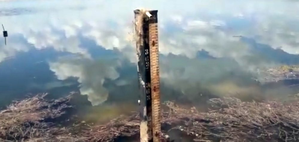 Chuvas elevam em 60 centímetros a lâmina d'água do açude de Boqueirão