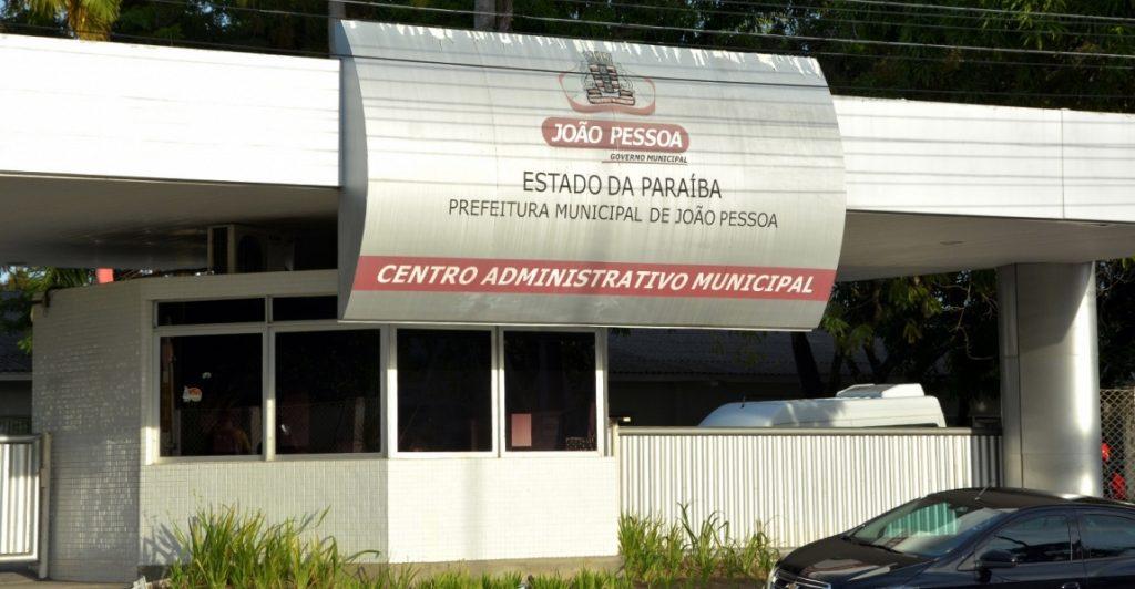 Luciano Cartaxo anuncia aumento no salário dos servidores municipais de JP