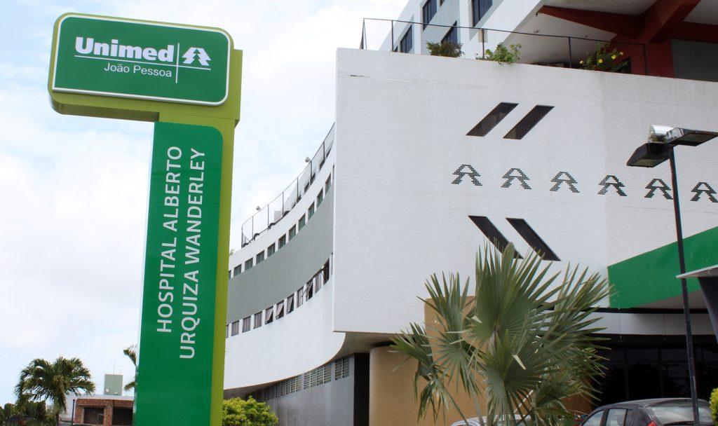 Deputado critica Unimed-JP por tentar descumpri lei da 'Fila Zero' na PB