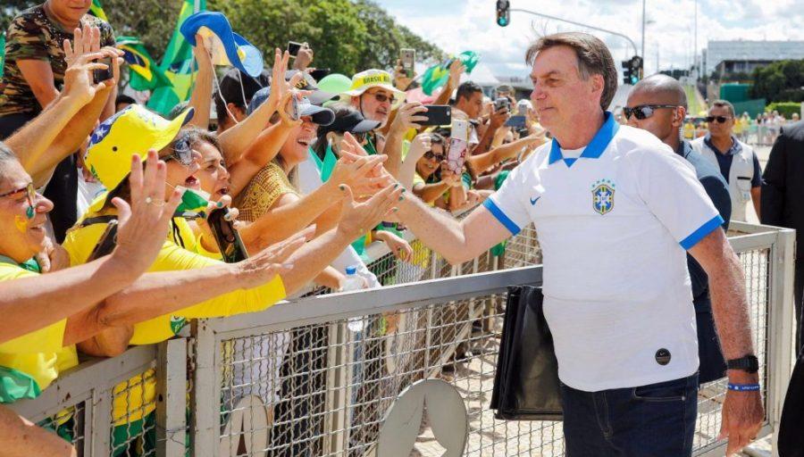 Coronavírus: a loucura autoritária de Bolsonaro ameaça o trabalho da Saúde