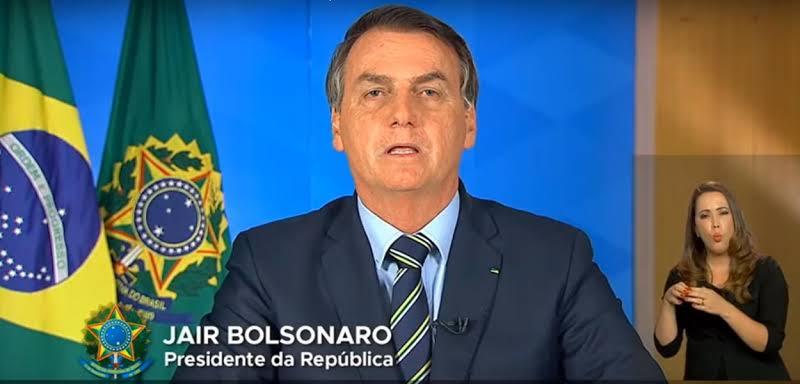 Bolsonaro ignora orientação de especialistas e incentiva fim da quarentena do coronavírus